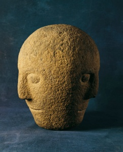 Triadic divinites: The 'Corleck Head' (National Museum of Ireland) has three faces - you can only ever see two when looking at it side-on! This is an expression of the mystery hinted at in the character of the Fisher King.